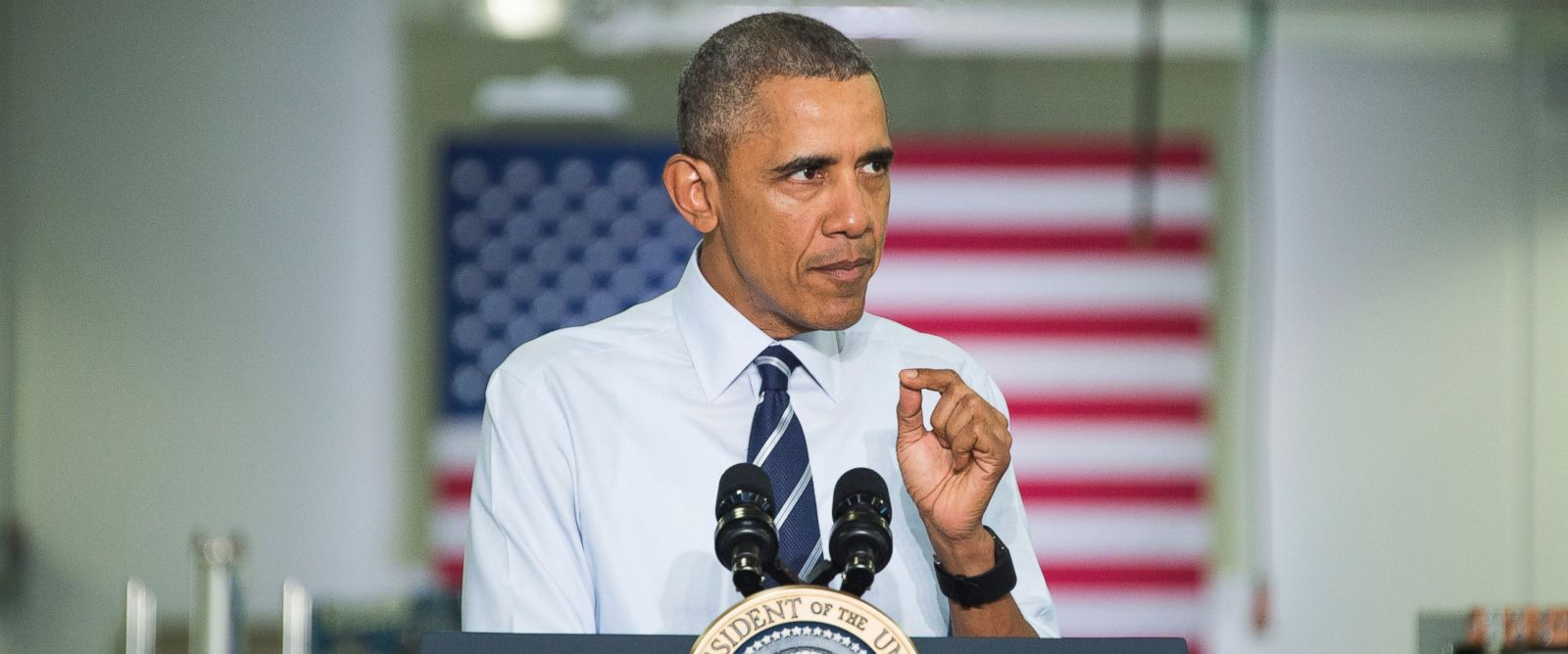 PHOTO: US President Barack Obama speaks after touring Saft America Advanced Batteries Plant in Jacksonville, Florida Feb. 26, 2016.