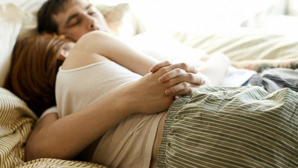 PHOTO: 8 everyday habits to boost your libido.