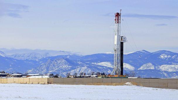 http://a.abcnews.go.com/images/US/GTY_fracking_colo_jef_160502_16x9_608.jpg