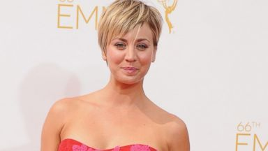 PHOTO: Kaley Cuoco-Sweeting arrives at the 66th Annual Primetime Emmy Awards on Aug. 25, 2014 in Los Angeles.