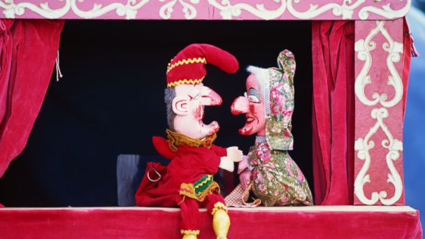PHOTO: Puppet shows are not allowed in windows in New York.
