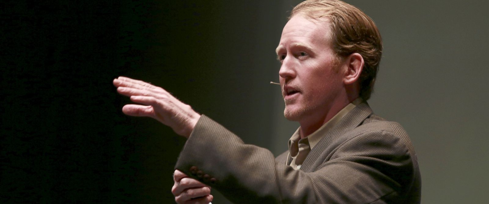 """PHOTO: Robert ONeill, a former U.S. Navy SEAL, speaks at the """"Best of Blount"""" Chamber of Commerce awards ceremony at the Clayton Center for the Arts in Maryville, Tenn., Nov. 6, 2014."""