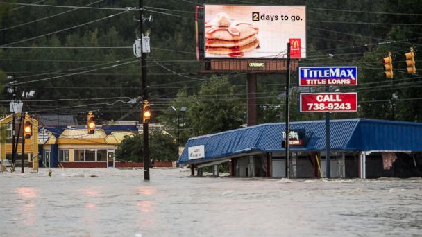 http://a.abcnews.go.com/images/US/GTY_s_carolina_floods_03_mm_151005_16x9_608.jpg