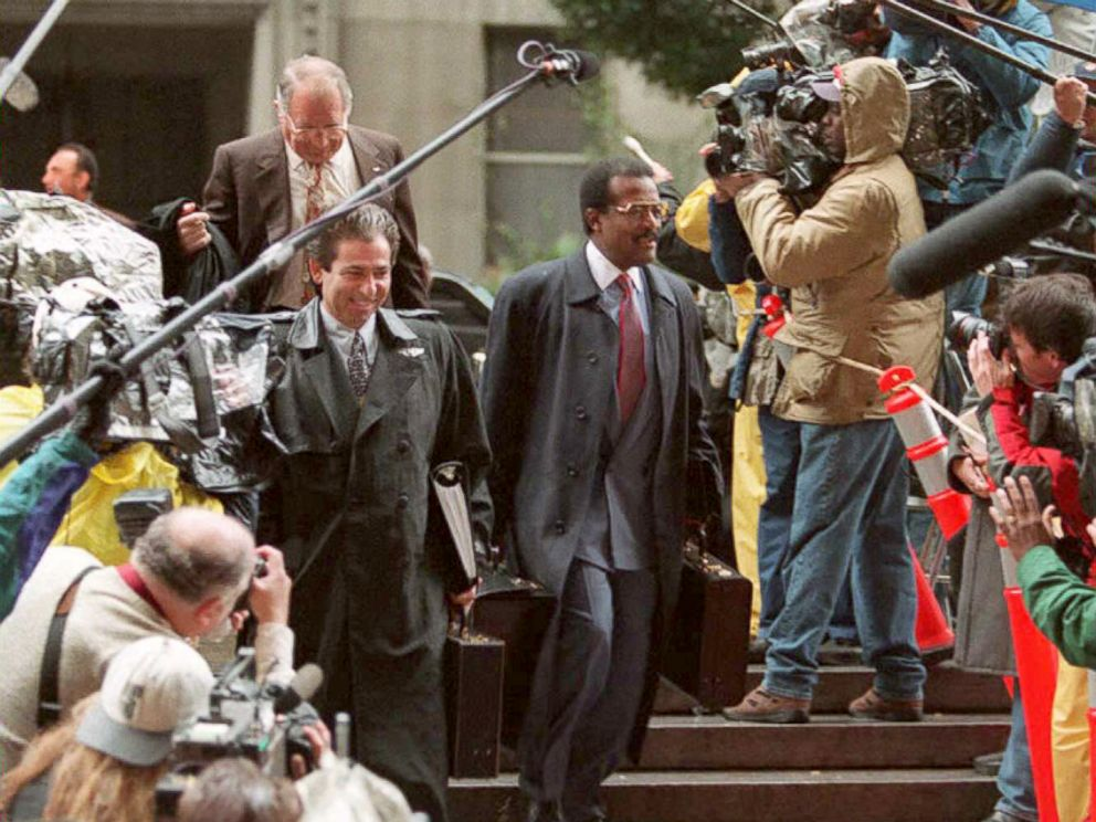 PHOTO: Defense attorneys Johnnie Cochran and Robert Kardashian arrive for the opening statements in the O.J. Simpson double murder trial in Los Angeles, Jan. 24, 1995.