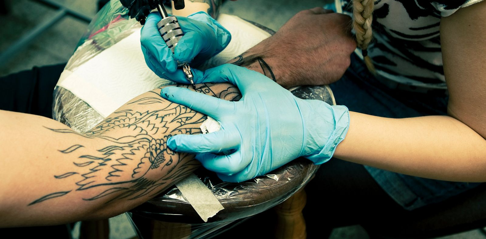 PHOTO: A Washington D.C. law could make people wait 24 hours before getting tattoos and piercings