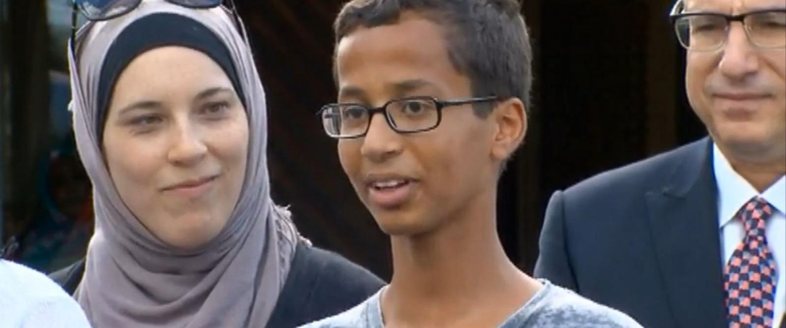 PHOTO: MacArthur High School said they will welcome Ahmed Mohamed back as a student following his arrest on Sept. 14, 2015.