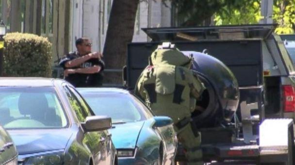 http://a.abcnews.go.com/images/US/HT_Bomb_Threat_Scene_BM_20160428_16x9_608.jpg
