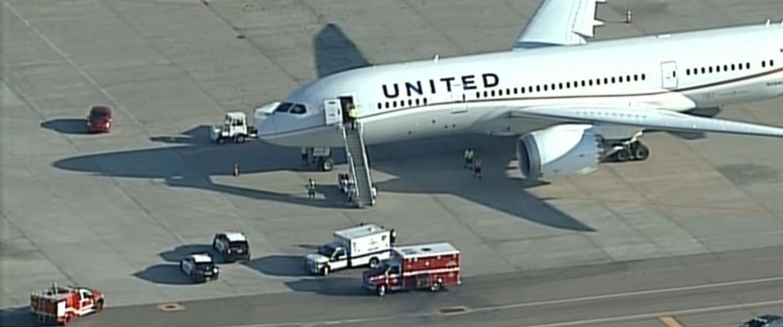 PHOTO: A United Airlines co-pilot lost consciousness on a flight from Houston to San Francisco on Oct. 6, 2015.
