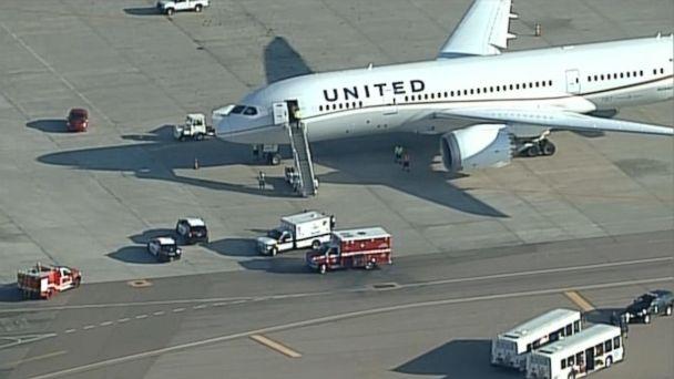 http://a.abcnews.go.com/images/US/HT_United_Airlines1_MEM_151006_16x9_608.jpg