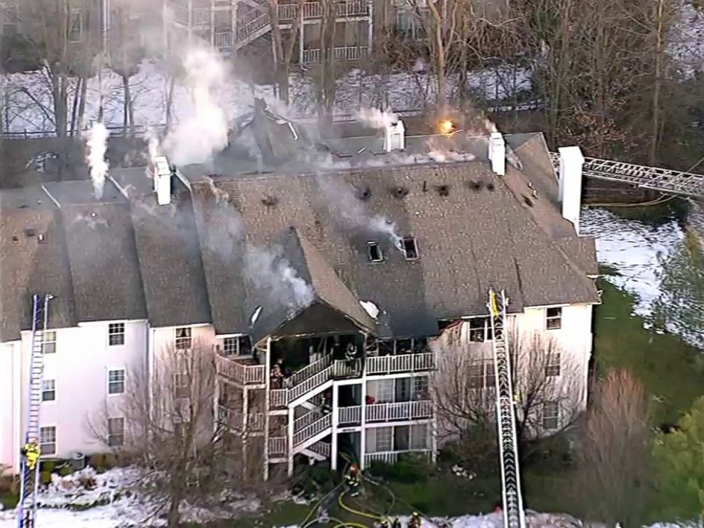 PHOTO: Society Hill Village II condo complex bursts into flames in Mahwah, N.J., Feb. 2, 2016.