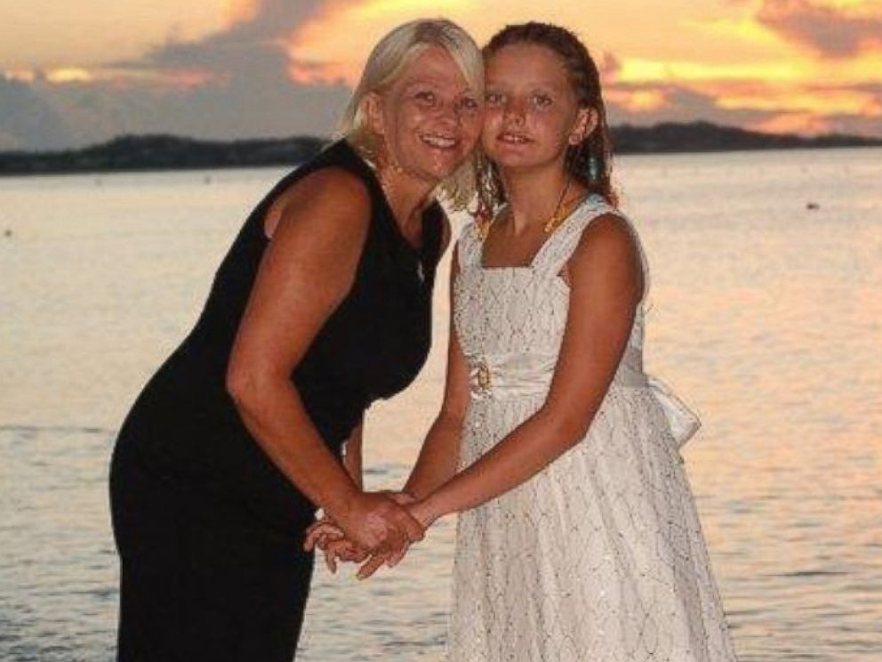 PHOTO: Donna Beegle and her daughter Juliette in Turks and Caicos.