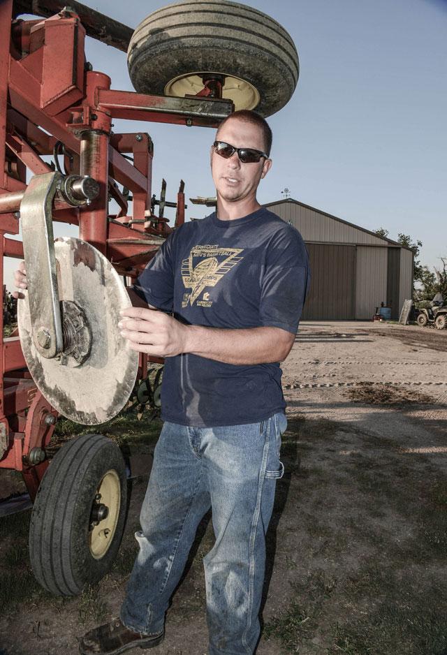 HT kansas life justin greer till thg 131001 wblog Water, as Precious as Gold: Life in Parched Western Kansas