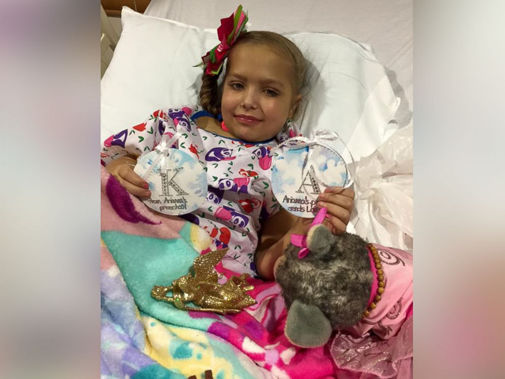 PHOTO: Kyree Beachem, 8, met with Luis Morales and Evelyn Morales, the parents of late 5-year-old Arianna Morales, who donated her organs to Beachem on Dec. 16, 2015 at the Childrens Hospital of Pittsburgh of UPMC.
