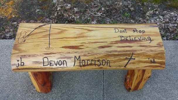 http://a.abcnews.go.com/images/US/HT_memorial_bench_stolen_03_mm_160428_16x9_608.jpg
