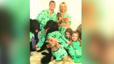 PHOTO: Rebecca Romijn shared this adorable family photo on her Twitter.