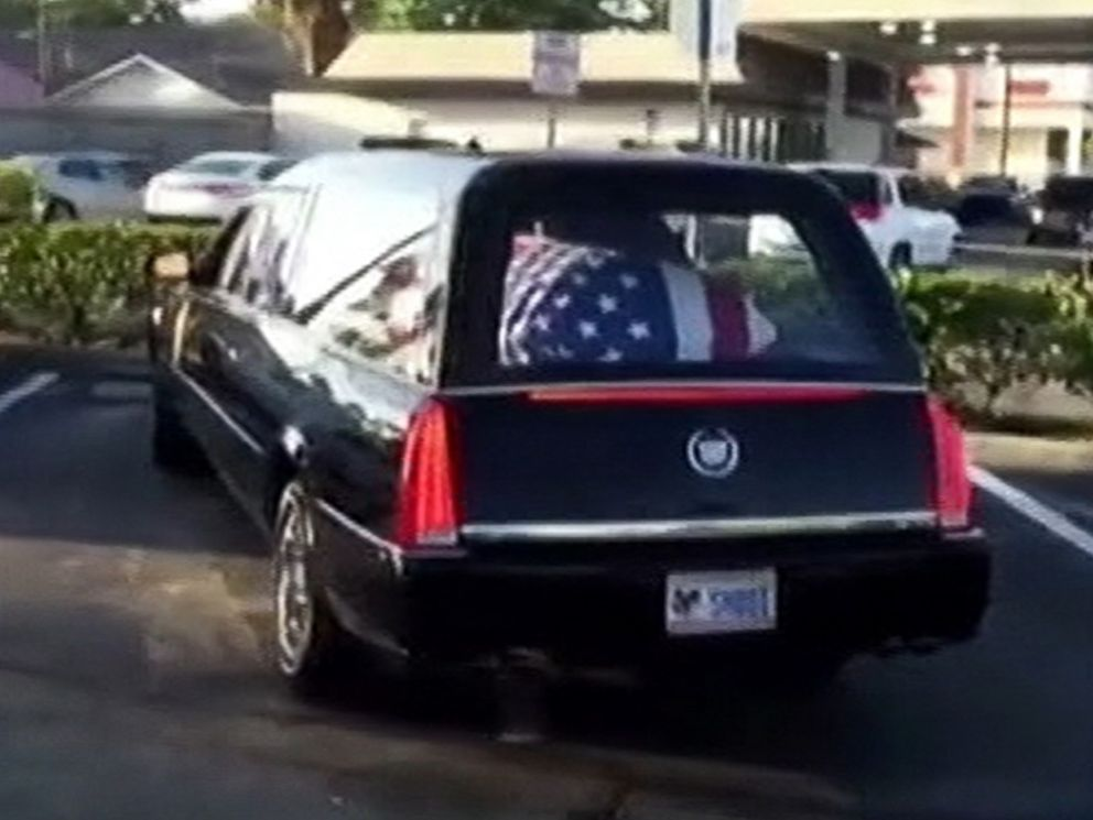 PHOTO: A hearse driver and funeral director have been fired after stopping for coffee on the way to a funeral.