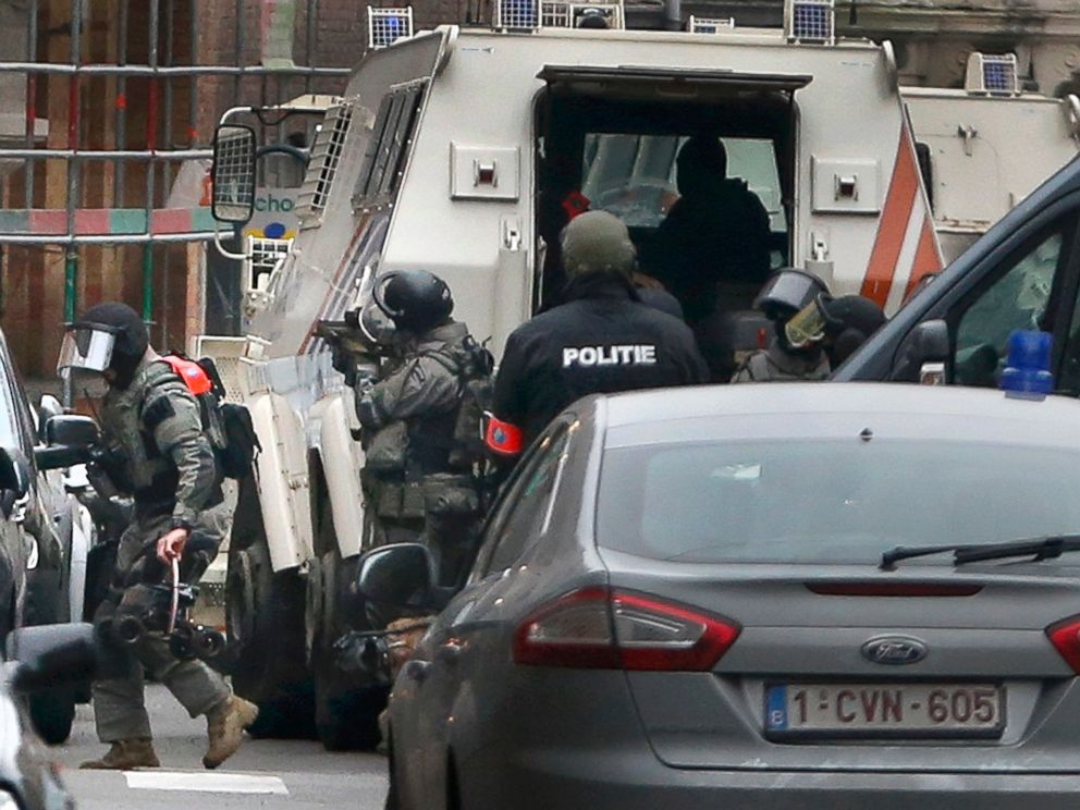 PHOTO: Police at the scene of a security operation in the Brussels suburb of Molenbeek in Brussels, Belgium, March 18, 2016.