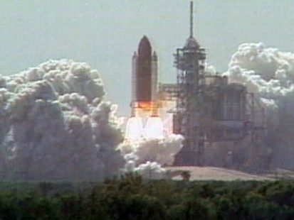 VIDEO: NASA Shuttle Discovery Launch 1988