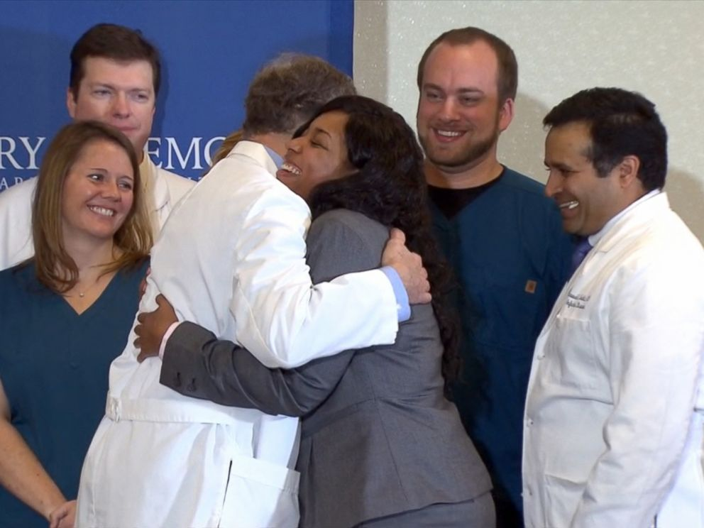 PHOTO: Dallas nurse Amber Vinson thanks Emory University Hospital medical staff at a press conference after recovering from Ebola, Oct. 28, 2014.