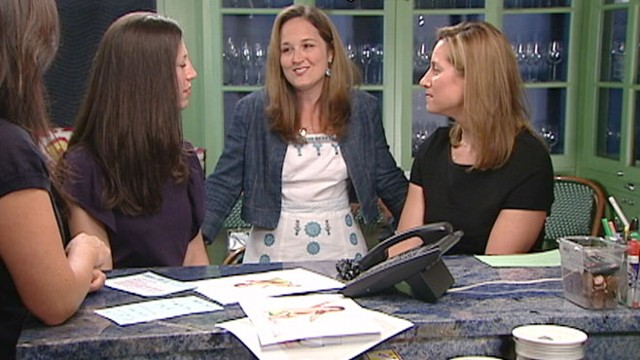 VIDEO: Dr. Alanna Levine and our Lifetime Moms on knowing when to begin potty training.