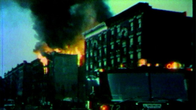 VIDEO: A crime wave brings chaos to the poor neighborhoods of New York City during blackout.