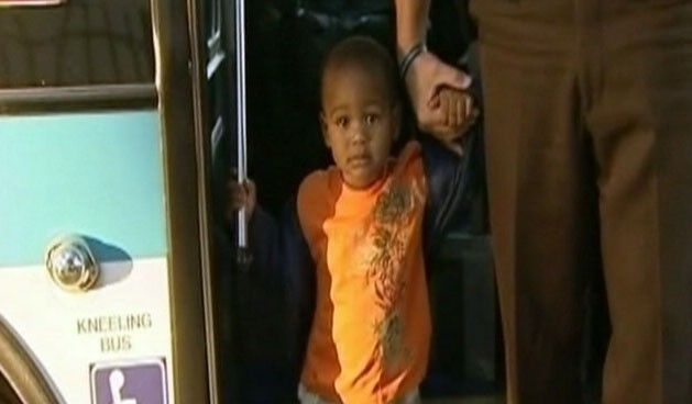 Video: Toddler rides city bus by himself.