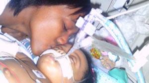 Deja Ruiz and her daughter Jada, at Childrens Hospital.