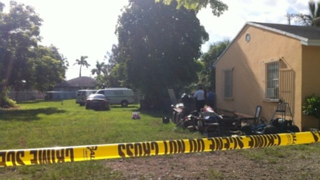 PHOTO: The body of a woman was found on an empty lot in Homestead, Fla.