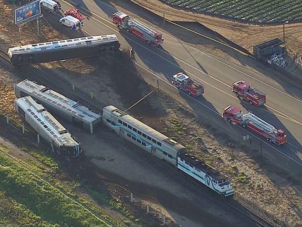 Train Crash Car Metrolink Crash: Truck...