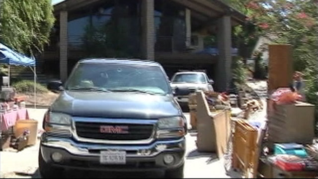 PHOTO: House in Bakersfield, Calif., where human remains were found