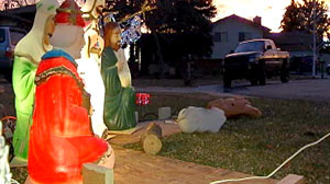 Photo: Baby Jesus, Mary Stolen From Nativity Scene: Display Has Been In Fort Collins Family For 40 Years