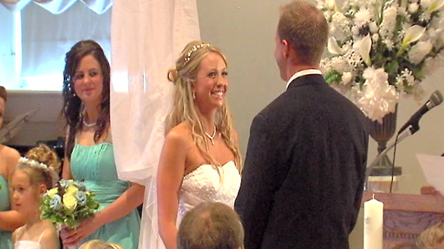 PHOTO: Paralzyed Bride Jennifer Darmon Makes Good on Promise to Walk Down the Aisle