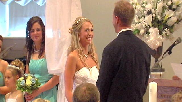 PHOTO:Paralzyed Bride Jennifer Darmon Makes Good on Promise to Walk Down the Aisle
