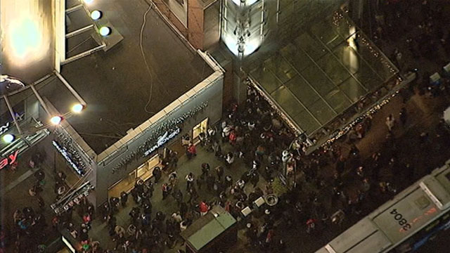 PHOTO: Penn Station rail service was shut down, Nov. 21, 2012, because of a switching problem, officials say.