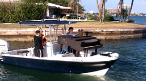 PHOTO Miami piano sandbar