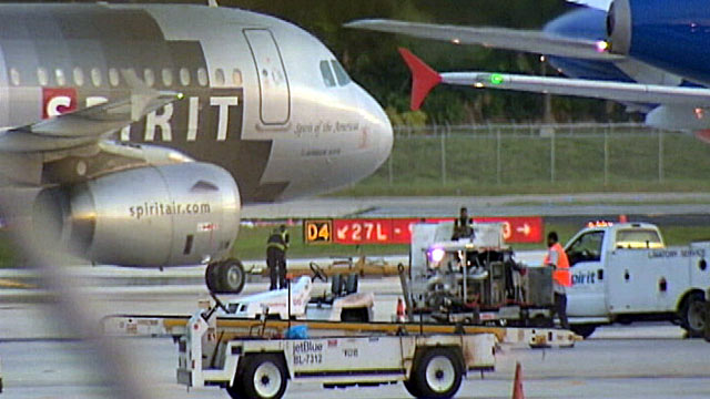 PHOTO: An unruly passenger aboard a Spirit Airlines red-eye flight from Los Angeles to Florida forced the pilot to make an emergency landing in Texas.