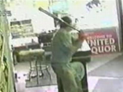 VIDEO: Richard Riley helps fight off a liquor store robber in Connecticut.