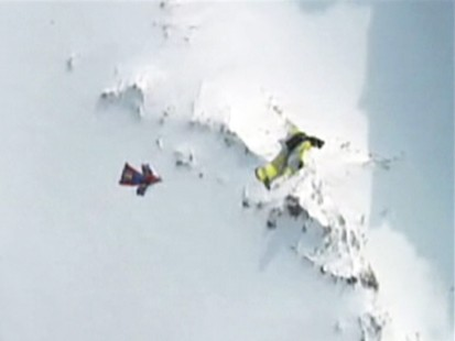 VIDEO: Skydiver James Boole survives 6,000-foot freefall.