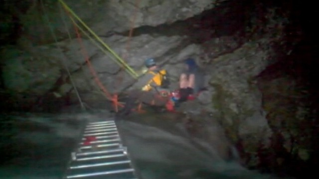 VIDEO: Washington state boy avoids 270-foot plunge on rivers edge for over eight hours