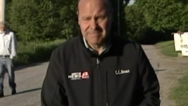 PHOTO: Robert McDonough, far left, was reported missing and was found when he walked into a liveshot of a local ABC affiliate in Limington, Maine on May 29, 2013.