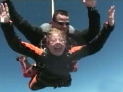 VIDEO: A nun in Texas goes skydiving after her school raised $25,000 for Haiti relief.