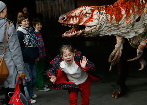 ap britain dinosaur dm 130218 blog Today in Pictures: Mass Wedding, Dinosaurs in London, Madrid Fashion Week