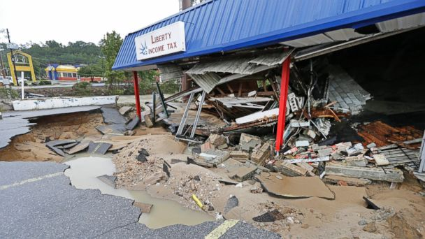 http://a.abcnews.go.com/images/US/ap_carolina_flood_damage_02_jc_151006_16x9_608.jpg
