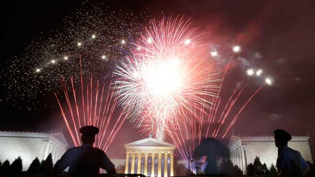 PHOTO: Fireworks light up the sky over the Philadelphia Museum of Art during an Independence Day celebration on July 4, 2012, in Philadelphia.