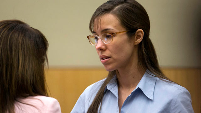 PHOTO: Jodi Arias, right, talks to her attorney, Jennifer Wilmott during her trial at Maricopa County Superior Court in Phoenix, April 10, 2013.