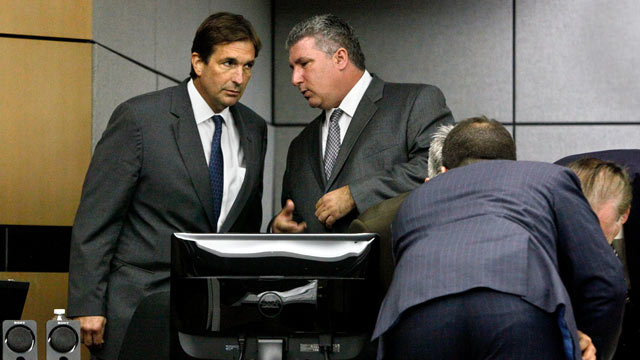 PHOTO: John Goodman, left, talks with one of his attorneys, Guy Fronstin, during a break in his DUI Manslaughter trial, March 13, 2012 in West Palm Beach, Fla.
