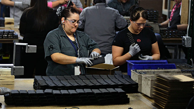 PHOTO: Magpul employees