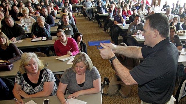 PHOTO: Gun demonstration for Utah teachers
