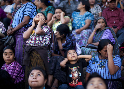 ap wm guatemala fireworks dm 120727 Today in Pictures: Cubas Revolution Day, London Olympics, Protests in India