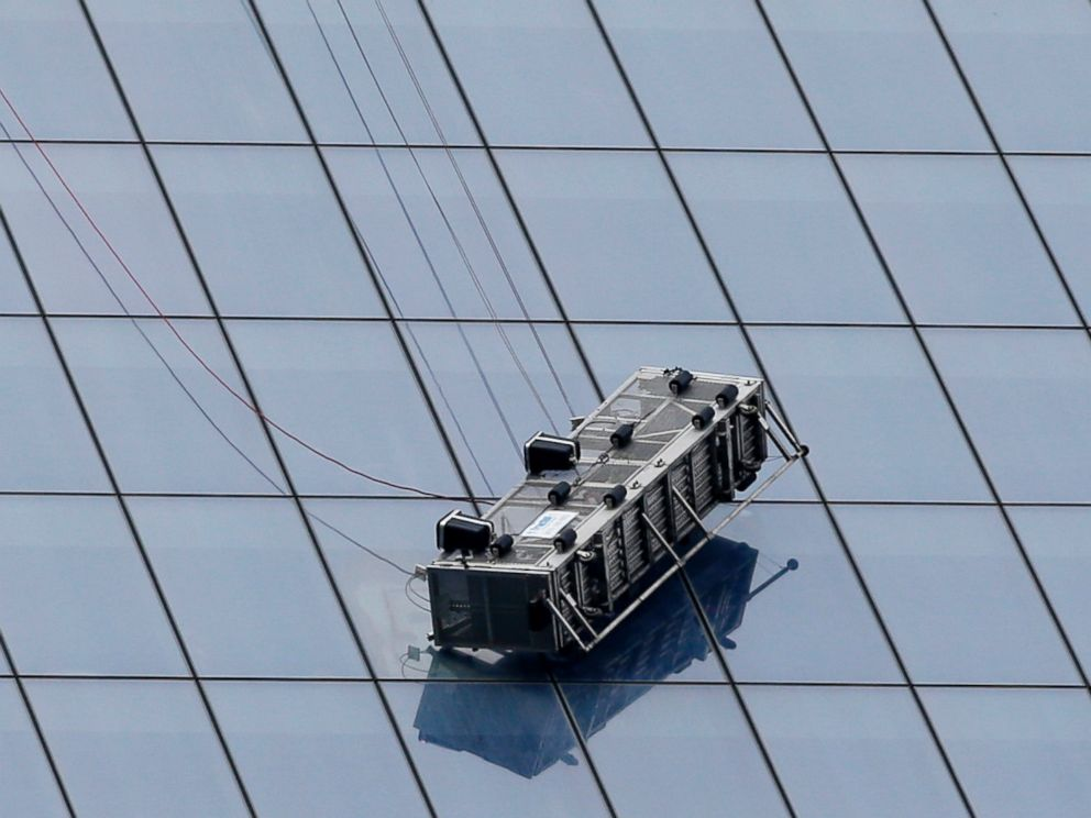 World Trade Center Air Cleaner : World trade center trapped window cleaners rescued abc news